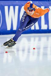 11-12-2016 NED: ISU World Cup Speed Skating, Heerenveen<br /> Thomas Krol op de 1000 m