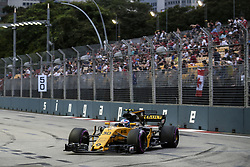 September 16, 2017 - Singapore, Singapore - Motorsports: FIA Formula One World Championship 2017, Grand Prix of Singapore, ..#30 Jolyon Palmer (GBR, Renault Sport F1 Team) (Credit Image: © Hoch Zwei via ZUMA Wire)