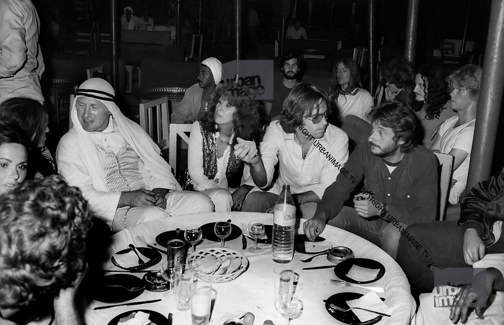 The Grateful Dead – Egypt 1978. Sahara City party games, Bill Graham challenges Mickey Hart to a beer tray race around the Sahara City oasis.