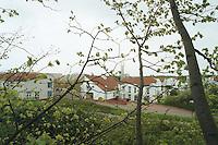 24.04.98, Germany/Düren:<br /> Rheinische Landesklinik, Düren, Forensische Anstalt, Wohngebäude<br /> IMAGE: 19980424-02/01-10