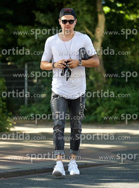 01.07.2015, Weserstadion, Bremen, GER, 1. FBL, SV Werder Bremen, Trainingsauftakt, im Bild Marnon Busch (SV Werder Bremen #38) Marnon Busch (SV Werder Bremen #38) // during a Trainingssession of German Bundesliga Club SV Werder Bremen at the Weserstadion in Bremen, Germany on 2015/07/01. EXPA Pictures © 2015, PhotoCredit: EXPA/ Andreas Gumz<br /> <br /> *****ATTENTION - OUT of GER*****