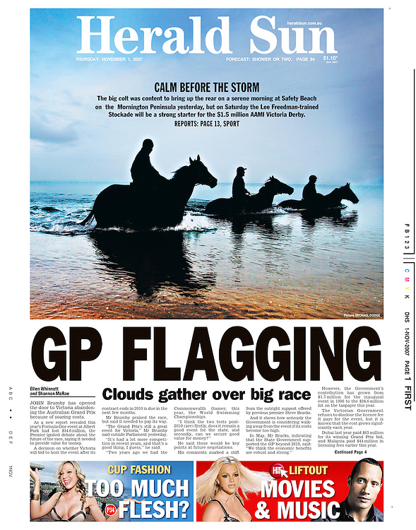 Three year old Stockade brings up the rear while training at Dromana Beach in the lead up to the 2007 Victoria Derby. (Copyright Michael Dodge/Herald Sun)