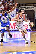 DESCRIZIONE : Campionato 2014/15 Serie A Beko Grissin Bon Reggio Emilia -  Dinamo Banco di Sardegna Sassar Finale Playoff Gara1<br /> GIOCATORE : Amedeo Della Valle<br /> CATEGORIA : Palleggio Contropiede<br /> SQUADRA : Grissin Bon Reggio Emilia<br /> EVENTO : LegaBasket Serie A Beko 2014/2015<br /> GARA : Grissin Bon Reggio Emilia - Dinamo Banco di Sardegna Sassari Finale Playoff Gara1<br /> DATA : 14/06/2015<br /> SPORT : Pallacanestro <br /> AUTORE : Agenzia Ciamillo-Castoria/GiulioCiamillo