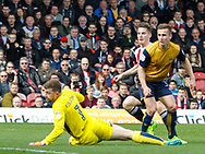 Sergi Canós of Brentford scores the opening goal during the Sky Bet Championship match between Brentford and Bristol City at Griffin Park, London<br /> Picture by Mark D Fuller/Focus Images Ltd +44 7774 216216<br /> 01/04/2017