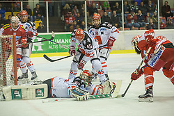 02.10.2015, Stadthalle, Klagenfurt, AUT, EBEL, EC KAC vs HC TWK Innsbruck Die Haie, im Bild Jean-François Jacques (EC KAC, #39), David Schuller (HC TWK Innsbruck Die Haie #45), Andy Chiodo (HC TWK Innsbruck Die Haie #30), David Schuller (HC TWK Innsbruck Die Haie #45), Nick Schaus (HC TWK Innsbruck Die Haie #55), Martin Schumnig (EC KAC, #28)// during the Erste Bank Eishockey League match betweeen EC KAC and HC TWK Innsbruck Die Haie at the City Hall in Klagenfurt, Austria on 2015/190/02. EXPA Pictures © 2015, PhotoCredit: EXPA/ Gert Steinthaler