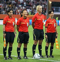 17.07.2011, Commerzbankarena, Frankfurt, GER, FIFA Women Worldcup 2011, Finale,  Japan (JPN) vs. USA (USA), im Bild:  .Schiedsrichterin Bibiana Steinhaus (M).. // during the FIFA Women Worldcup 2011, final, Japan vs USA on 2011/07/11, FIFA Frauen-WM-Stadion Frankfurt, Frankfurt, Germany.   EXPA Pictures © 2011, PhotoCredit: EXPA/ nph/  Mueller       ****** out of GER / CRO  / BEL ******