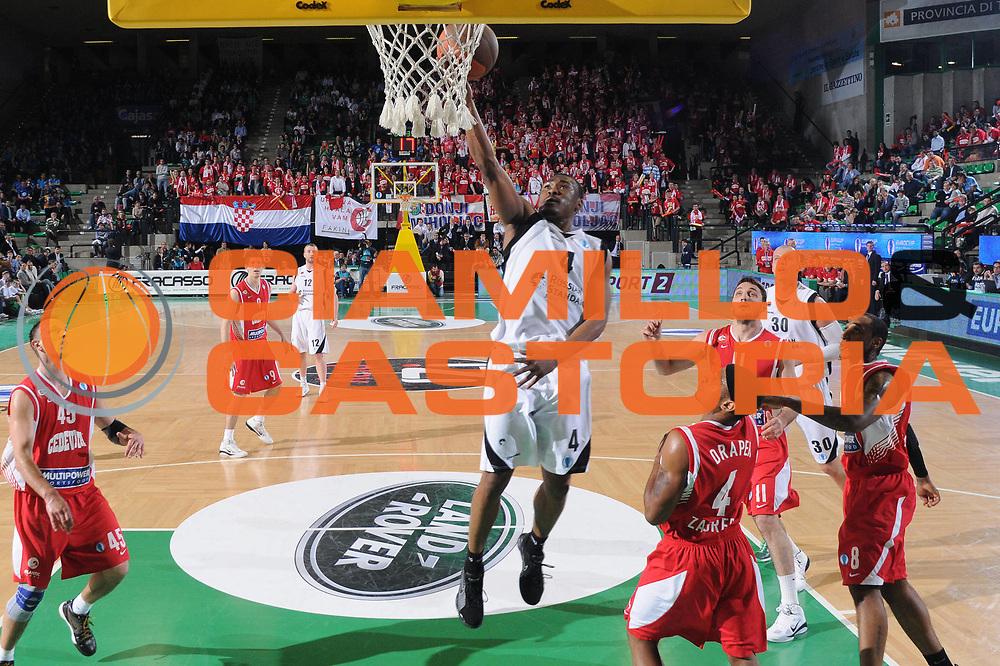 DESCRIZIONE : Treviso Eurocup Finals 2010-11 Semifinale Semifinal Unics Cedevita Zagreb<br /> GIOCATORE : Terrell Lyday<br /> SQUADRA : Unics Cedevita Zagreb Sevilla<br /> EVENTO : Unics Cedevita Zagreb<br /> GARA : Unics Cedevita Zagreb<br /> DATA : 16/04/2011<br /> CATEGORIA : Tiro<br /> SPORT : Pallacanestro <br /> AUTORE : Agenzia Ciamillo-Castoria/M.Gregolin<br /> GALLERIA: Eurocup 2011 -2011<br /> FOTONOTIZIA: Treviso Eurocup Finals 2010-11 Semifinale Semifinal Unics Cedevita Zagreb<br /> PREDEFINITA: