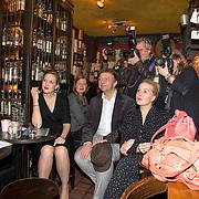 NLD/Amsterdam/20151119 - Perspresentatie Sinatra 100, Leonie Meijer, Jon van Eerd en Hadewych Minis