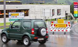 31.07.2014, B161, Mittersill, AUT, Hochwasser in Oesterreich, Salzburg, im Bild Strassensperre, Umleitung in Mittersill. EXPA Pictures © 2014, PhotoCredit: EXPA/ JFK