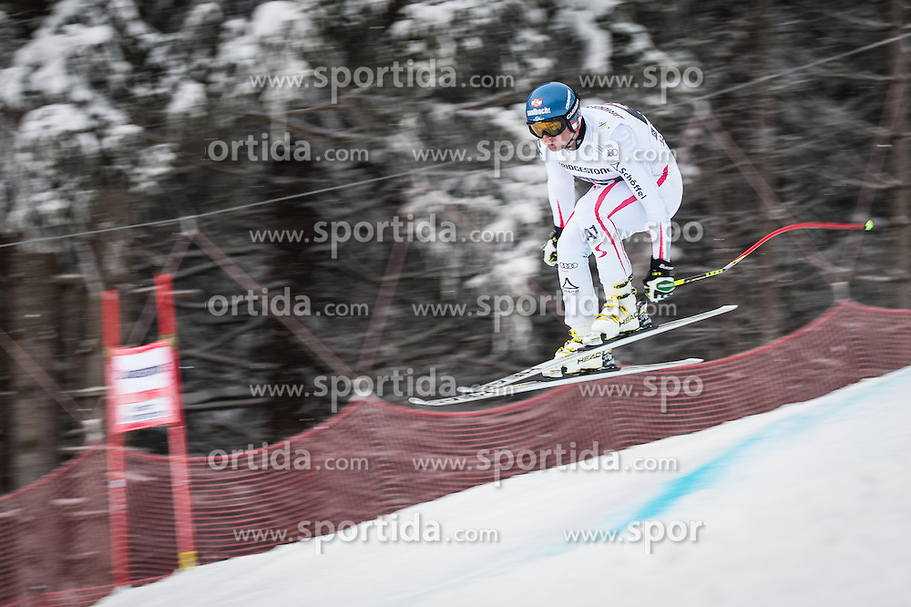 21.02.2013, Kandahar, Garmisch Partenkirchen, AUT, FIS Weltcup Ski Alpin, Abfahrt, Herren, 1. Training, im Bild Georg Streitberger (AUT) // Georg Streitberger of Austria in action during 1st practice of the  mens Downhill of the FIS Ski Alpine World Cup at the Kandahar course, Garmisch Partenkirchen, Germany on 2013/02/21. EXPA Pictures © 2013, PhotoCredit: EXPA/ Johann Groder