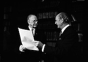 President Eamon de Valera  and An Taoiseach Jack Lynch dissolve the Dáil at Áras an Uachtarain..21.05.1969