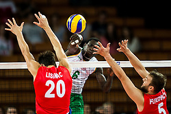 07.09.2014, Centennial Hall, Breslau, POL, FIVB WM, Serbien vs Kamerun, Gruppe A, im Bild Srecko Lisinac serbia #20 Sem Dolegombai cameroon #6 Vlado Petkovic serbia #5 // Srecko Lisinac serbia #20 Sem Dolegombai cameroon #6 Vlado Petkovic serbia #5 // during the FIVB Volleyball Men's World Championships Pool A Match beween Serbia and Cameroon at the Centennial Hall in Breslau, Poland on 2014/09/07. EXPA Pictures © 2014, PhotoCredit: EXPA/ Newspix/ Sebastian Borowski<br /> <br /> *****ATTENTION - for AUT, SLO, CRO, SRB, BIH, MAZ, TUR, SUI, SWE only*****