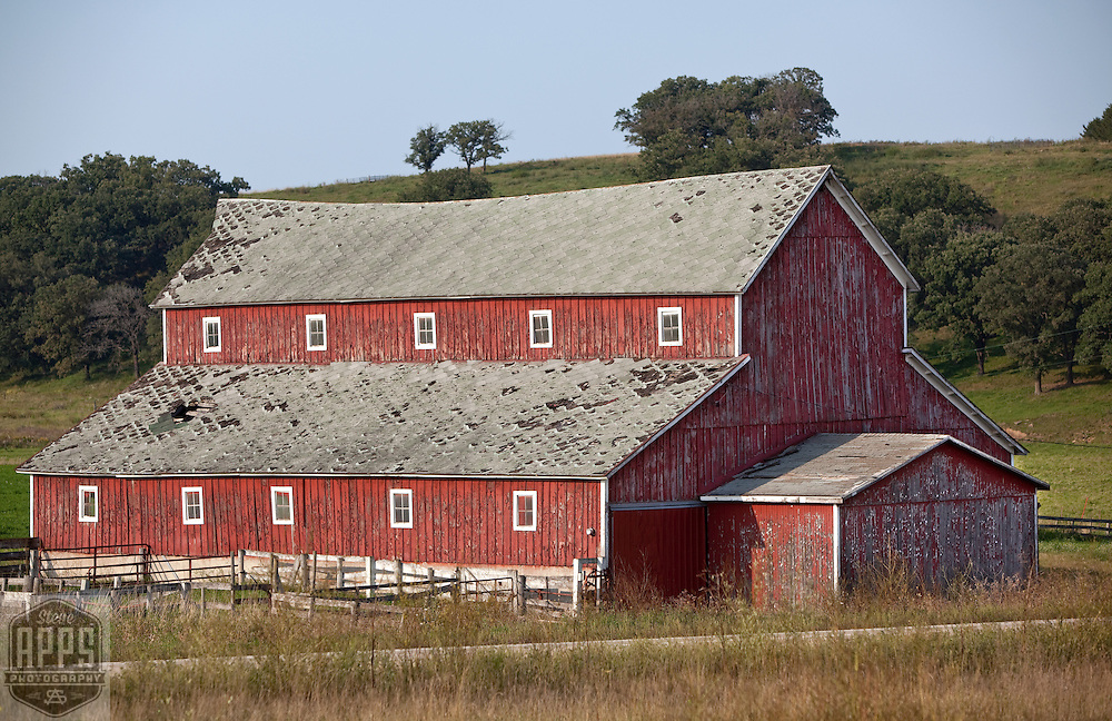 Monitor Roof barn on Hwy 151 south of MIneral Point. Barns from around the State of Wisconsin.