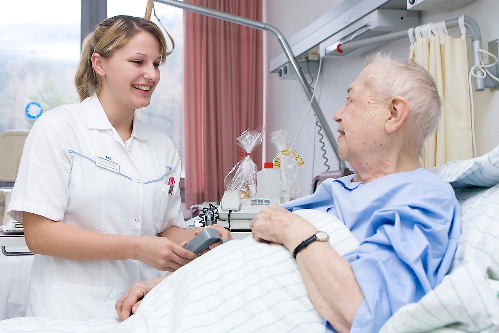 krankenschwester; kathrin schreiber; lkh bregenz, krankenhaus; patient; krankenpflege; behandlung; betreuung