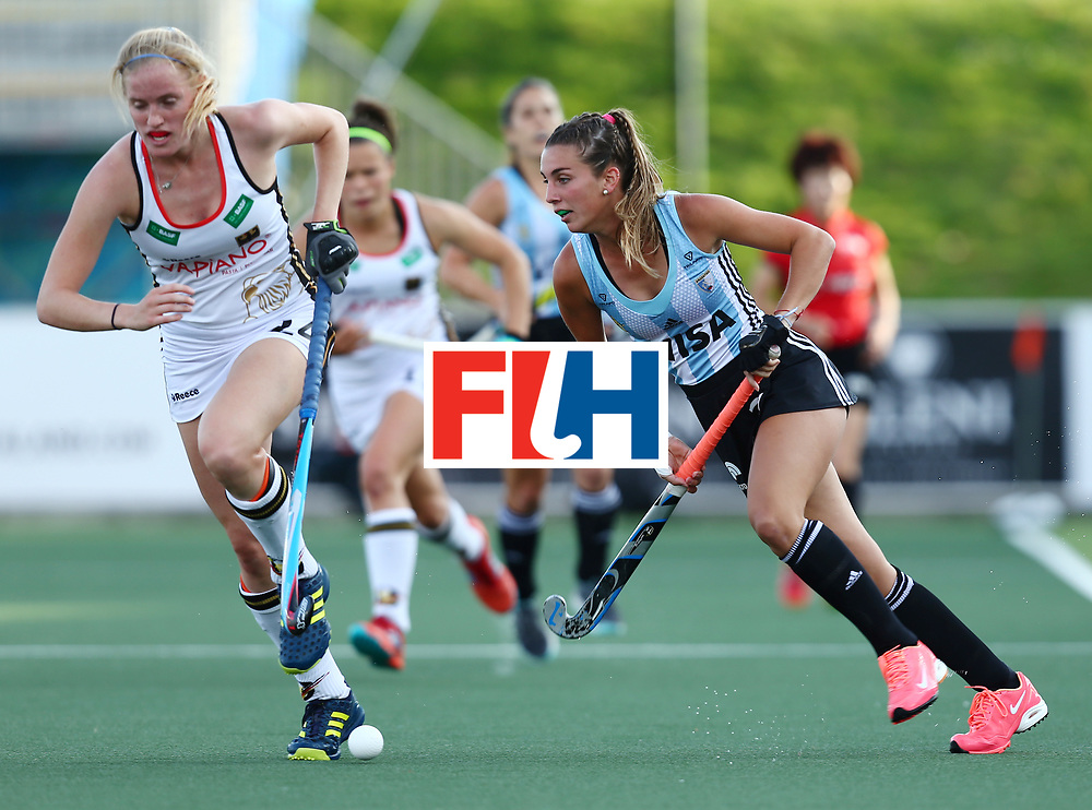New Zealand, Auckland - 24/11/17  <br /> Sentinel Homes Women&rsquo;s Hockey World League Final<br /> Harbour Hockey Stadium<br /> Copyrigth: Worldsportpics, Rodrigo Jaramillo<br /> Match ID: 10307 - ARG-GER<br /> Photo: (10) FERNANDEZ LADRA Magdalena against (24) SPRINK Annika