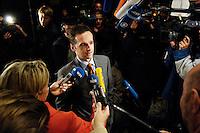 03 NOV 2005, BERLIN/GERMANY:<br /> Heiko Maas, SPD, Landesvorsitzender Saarland, im Gespraech mit Journalisten, vor Beginn der Sitzung des SPD Parteivorstand und der Nominierung eines neuen SPD Praesidiums, Willy-Brandt-Haus<br /> IMAGE: 20051102-01-040<br /> KEYWORDS: Journalist, Mikrofon, microphone, Kamera, Camera,