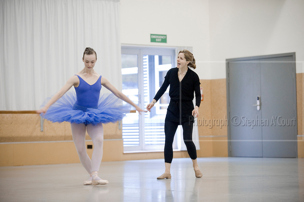 Acclaimed British ballerina Darcey Bussell coaches NZ School of Dance student Imogen Sorley, on 2 June 2012.