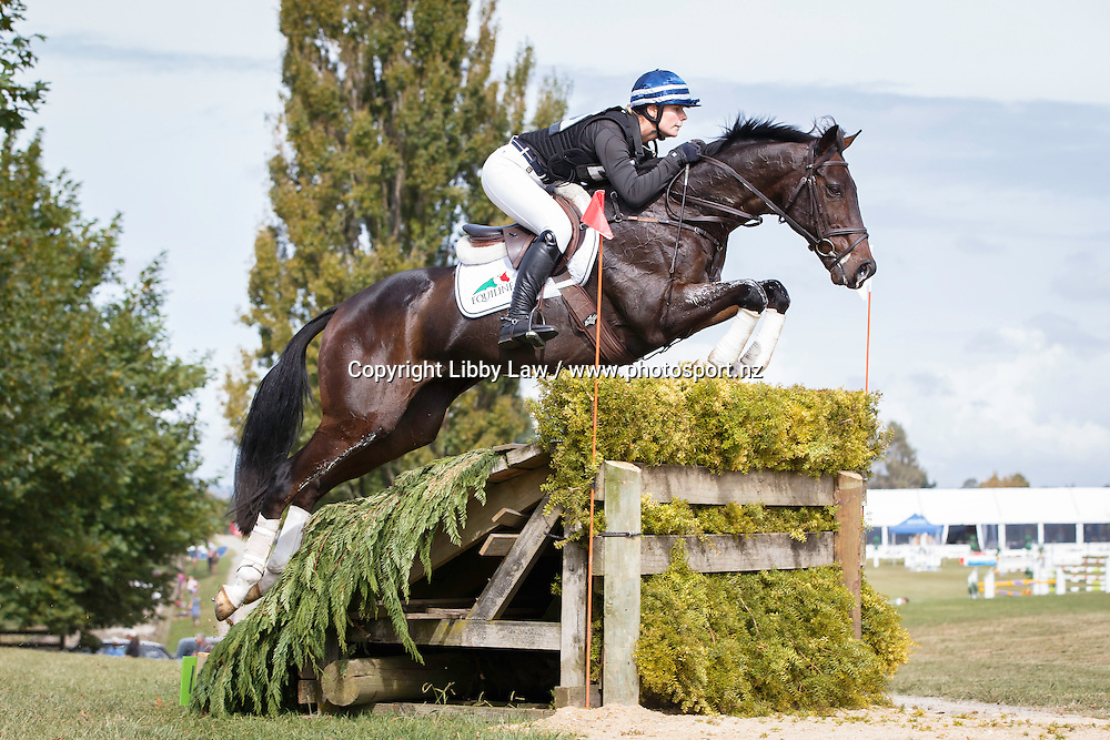 NZL-Sarah Young (SS GALAXY) INTERIM-2ND: CIC2* CROSS COUNTRY: 2016 NZL-Kihikihi International Horse Trial (Saturday 9 April) CREDIT: Libby Law COPYRIGHT: LIBBY LAW PHOTOGRAPHY