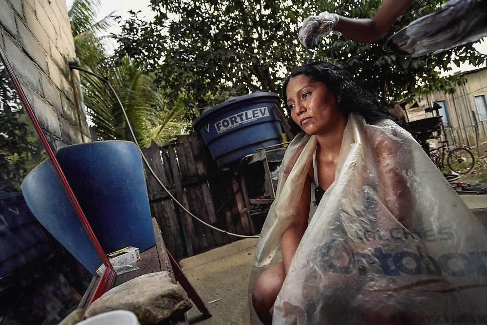 Brésil, Oiapoque, Amapa. Salon de coiffure.