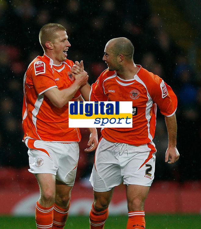 Photo: Richard Lane/Richard Lane Photography. Watford v Blackpool. Coca Cola Championship. 01/11/2008. Keith Southern (L) and Danny Coid (R) celebrate