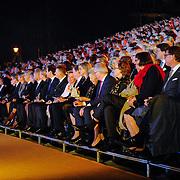NLD/Amsterdam/20150926 - Afsluiting viering 200 jaar Koninkrijk der Nederlanden, Koninklijke familie op de tribune