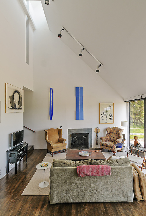 Home Designed by Hugh Newell Jacobsen in 1971, East Hampton, Long Island, New York