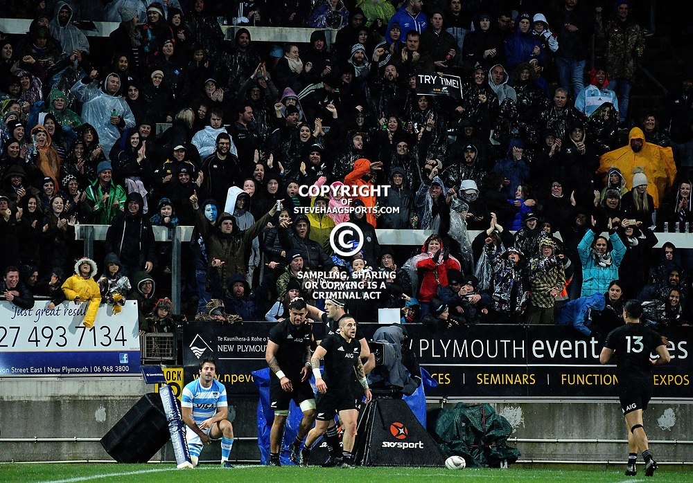 Fans celebrate Vaea Fifta's try during the Rugby Championship match between the NZ All Blacks and Argentina Pumas at Yarrow Stadium in New Plymouth, New Zealand on Saturday, 9 September 2017. Photo: Dave Lintott / lintottphoto.co.nz