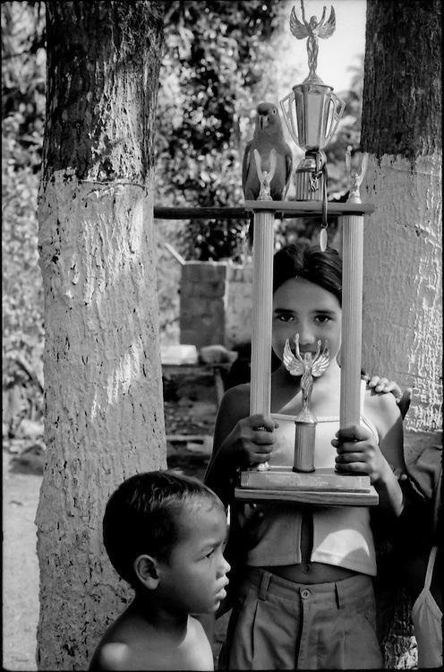 NI—OS DE PORAI - Homenaje a Mariano Diaz.Photography by Aaron Sosa.Clarines, Estado Anzoategui - Venezuela 2001.(Copyright © Aaron Sosa)