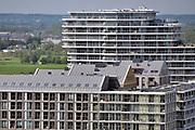 Nederland, Nijmegen: 1-5-2018 Uitzicht op het centum van Nijmegen richting Betuwe . Nieuwbouw op de Handelskade . Luxe appartementen, huurappartementen, koopappartementen . Flat, flats, hoogbouw .FOTO: FLIP FRANSSEN