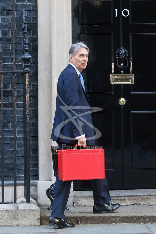 Downing Street, London, October 11th 2016. Government ministers arrive for the first post-conference cabinet meeting. PICTURED: Chancellor of the Exchequer Philip Hammond
