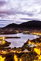 Lagoa da Conceição ao anoitecer. Florianópolis, Santa Catarina, Brasil. / Conceicao Lagoon at dusk. Florianopolis, Santa Catarina, Brazil.
