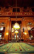Deutschland Germany Hessen.Hessen, Wiesbaden.Spielbank (Spielcasino) im Kurhaus, Roulettetisch., Casino Wiesbaden, roulette table...