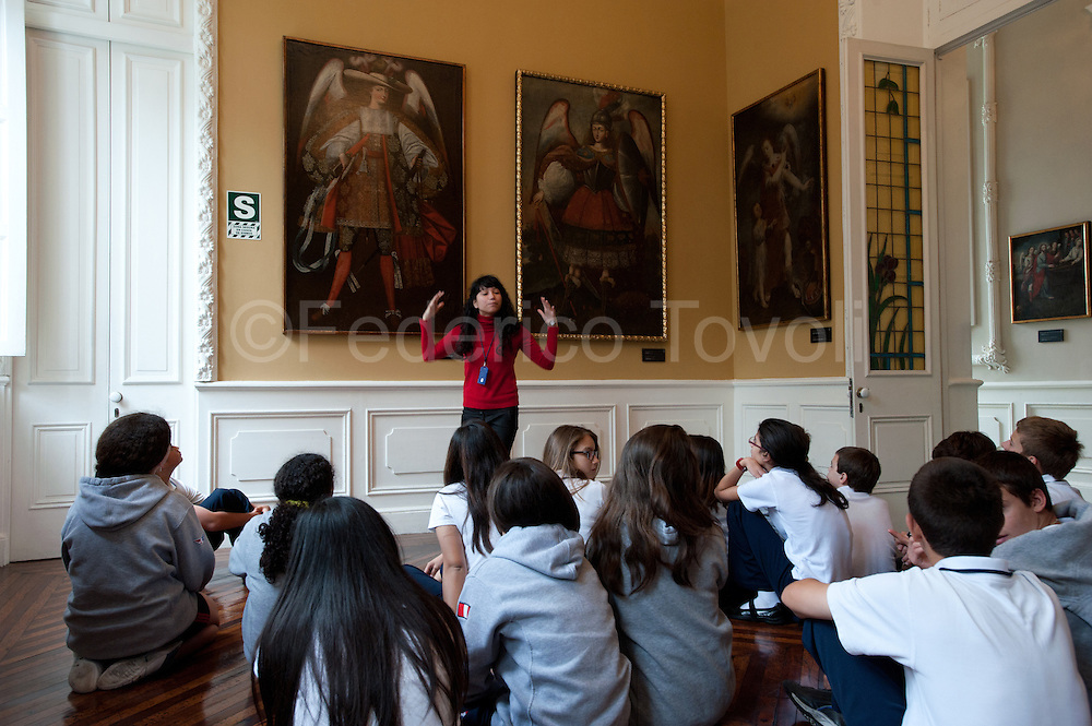 Barranco. A school group visiting De Osma museum