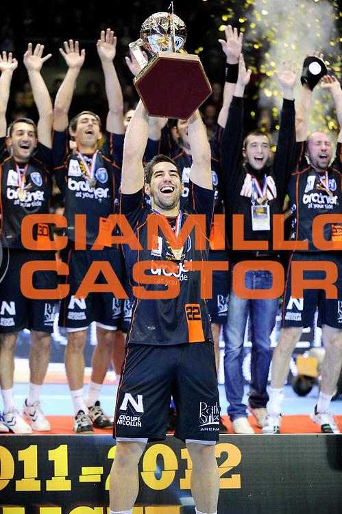 DESCRIZIONE : France Hand D1 Coupe de la Ligue  Finale a Nantes Trophee<br /> GIOCATORE : Karabatic Nikola Philippe Bernat Salles LNH<br /> SQUADRA : Montpellier<br /> EVENTO : FRANCE Hand D1 Coupe de la Ligue Trophee<br /> GARA : Montpellier St Raphael<br /> DATA : 11/12/2011<br /> CATEGORIA : Hand D1 <br /> SPORT : Handball<br /> AUTORE : JF Molliere <br /> Galleria : France Hand 2011-2012 Action<br /> Fotonotizia : France Hand D1 Coupe de la Ligue Finale a Nantes<br /> Predefinita :