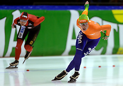 09-03-2013 SCHAATSEN: FINAL ISU WORLD CUP: HEERENVEEN<br /> NED, Speedskating Final World Cup Thialf Heerenveen / Diane Valkenburg en Claudia Pechstein<br /> ©2013-FotoHoogendoorn.nl