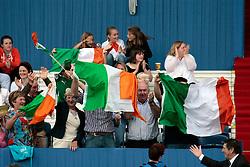 Irisch supporters<br /> Dublin Horse Show 2012<br /> © Hippo Foto - Beatrice Scudo