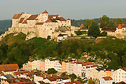 Burg zu Burghausen, Altstadt von Burghausen, Bayern, Deutschland.. | ..Burghausen Castle, old town of Burghausen,  Bavaria, Germany