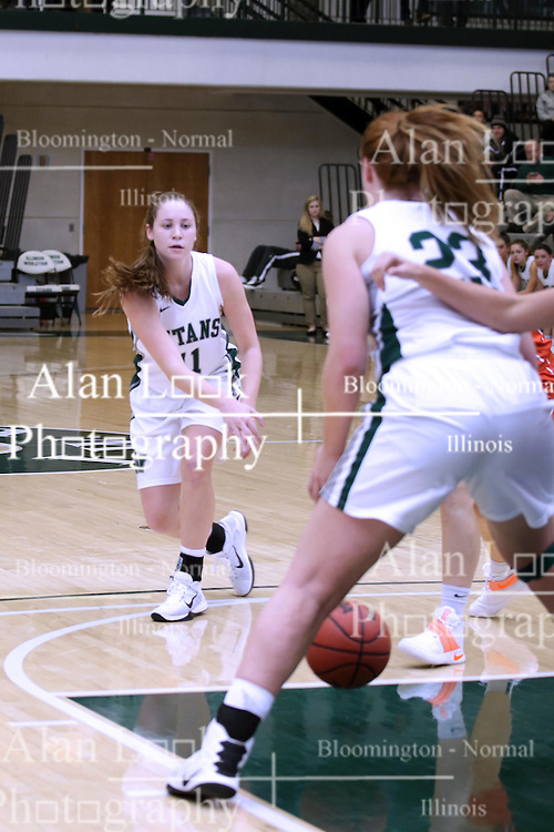 07 January 2017:  Molly McGraw during an Wheaton Thunder and the Illinois Wesleyan Titans in Shirk Center, Bloomington IL