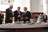 Prins Willem-Alexander bij de herdenking slag in de Javazee