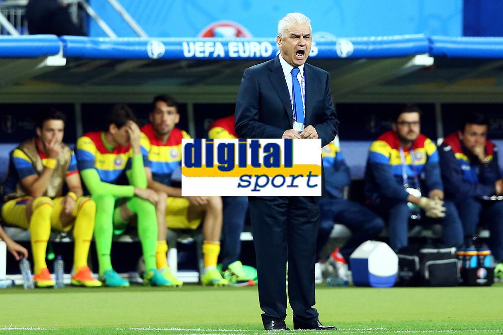 Anghel Iordanescu Romania <br /> Paris 10-06-2016 Stade de France Footballl Euro2016 France - Romania  / Francia - Romania Group Stage Group A. Foto Matteo Ciambelli / Insidefoto