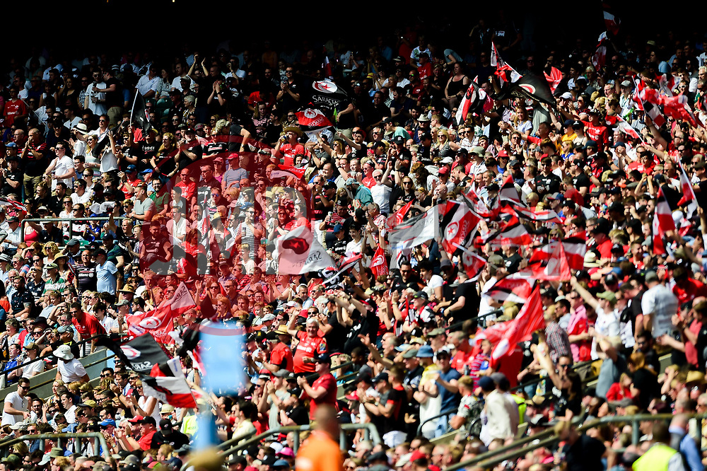 Saracens fans - Mandatory by-line: Ryan Hiscott/JMP - 01/06/2019 - RUGBY - Twickenham Stadium - London, England - Exeter Chiefs v Saracens - Gallagher Premiership Rugby Final