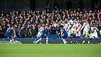 Football - 2019 / 2020 Premier League - Chelsea vs. Crystal Palace<br /> <br /> Mason Mount (Chelsea FC) with a free kick at Stamford Bridge <br /> <br /> COLORSPORT/DANIEL BEARHAM