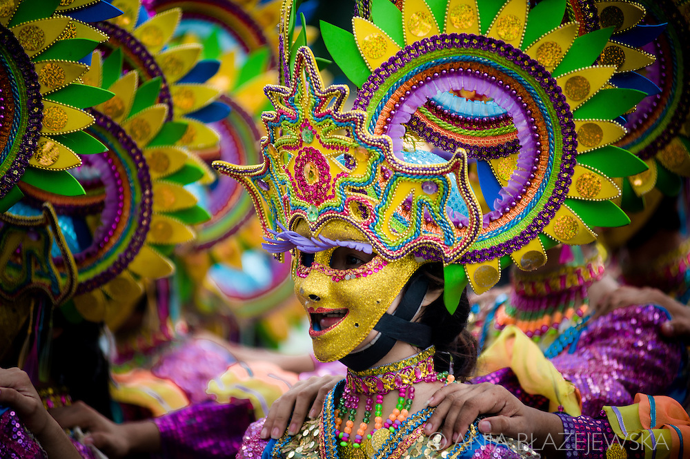 MassKara Festival, one of the biggest and most colorful Filipino festivals, is held every year in October in Bacolod on Negros Island. The tradition of the festival started during the crisis in the 80s, when it was somehow a declaration, that no matter how harsh the reality is, the Bacolod and its people are going to survive and smile.