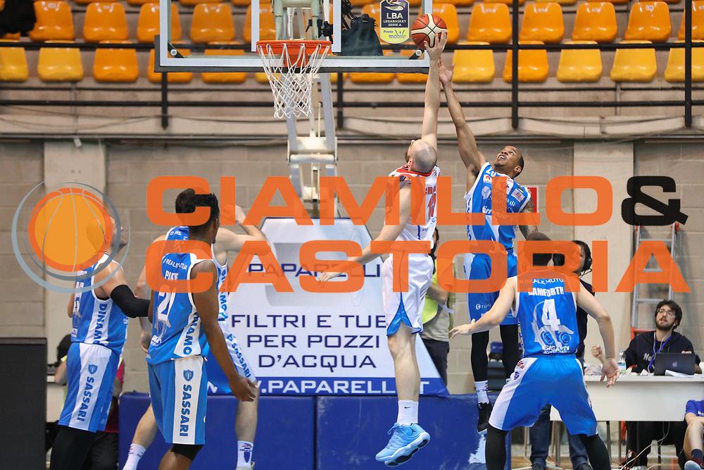 Hatcher William e Crosariol Andrea, Red October Cantù vs Banco di Sardegna Sassari - 16 giornata Campionato LBA 2017/2018, PalaDesio Desio 20 gennaio 2018 - foto BERTANI/Ciamillo