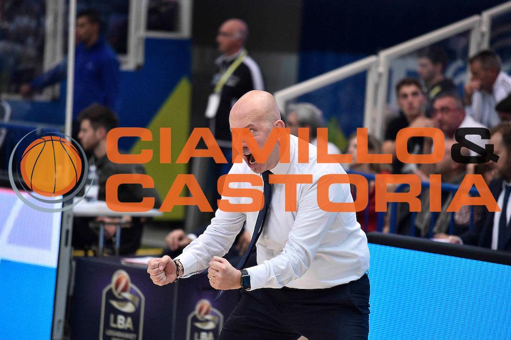 Menetti Massimiliano<br /> Dolomiti Energia Trento - Grissin Bon Reggio Emilia<br /> Lega Basket Serie A 2016/2017<br /> Trento 30/10/2016<br /> Foto Ciamillo-Castoria