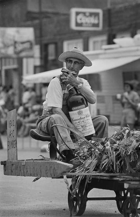 JR_Cuba_C-0030 001