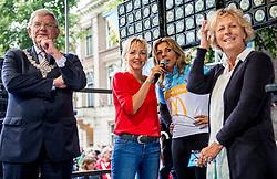 24-06-2017 NED: Start Homeride & Homerun, Utrecht<br /> Vanaf de Domplein startte de HomeRide en Homerun. Een 500km en 200 km event in 24 uur. Leontien van Moorsel, Renate Westerlaken, Yvon Jaspers