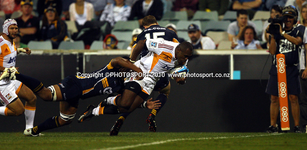 Sitiveni Sivivatu scores<br />