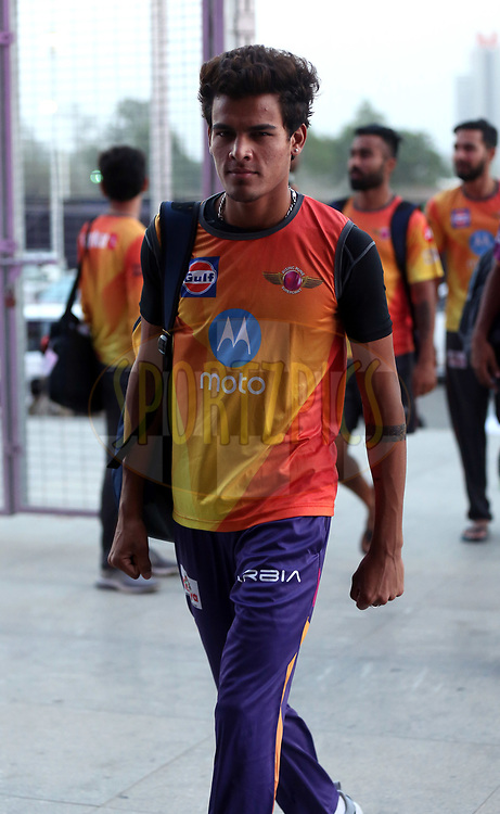 Rahul Chahar of Rising Pune Supergiant arrives for the match 30 of the Vivo 2017 Indian Premier League between the Rising Pune Supergiants and the Kolkata Knight Riders  held at the MCA Pune International Cricket Stadium in Pune, India on the 26th April 2017<br /> <br /> Photo by Sandeep Shetty - Sportzpics - IPL