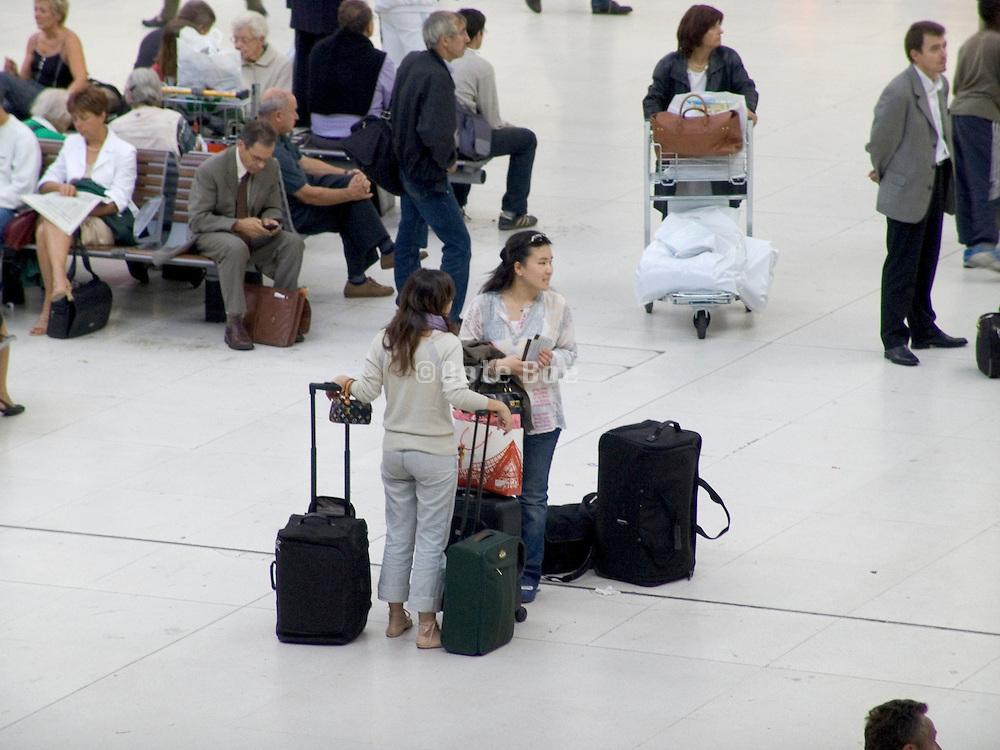 travelers waiting